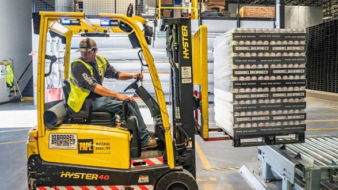 4 ways to improve the logistics of your e-commerce warehouse.