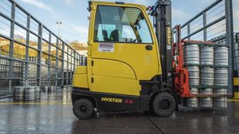 SPECIALLY ENGINEERED HYSTER® LIFT TRUCKS REFRESH OPERATIONS AT HEINEKEN